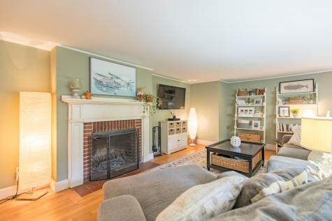 162 Brook Road Falmouth ME 04105