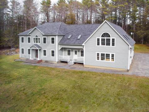 39 Buck Trail Manchester ME 04351