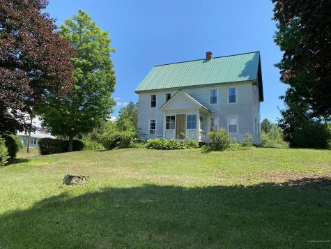 25 Vienna Road Chesterville ME 04938