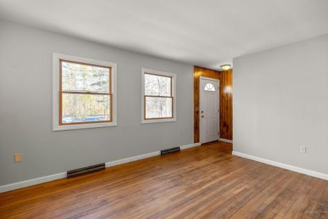 33 Old Ferry Road Wiscasset ME 04578