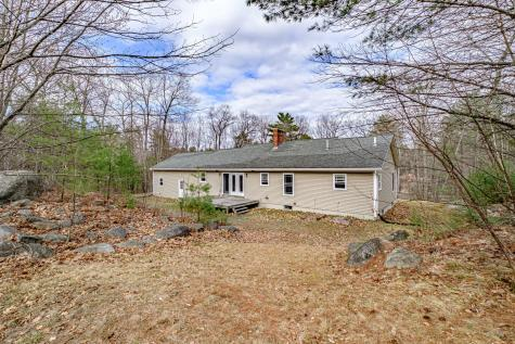 148 Meadow Road Raymond ME 04071