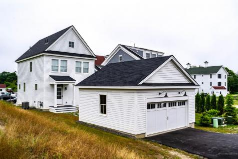 8 Richards Way Scarborough ME 04074