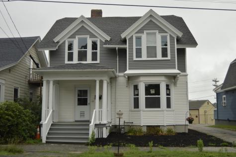 17 Grove Street Auburn ME 04210