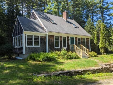 19 Townsend Lane Boothbay ME 04537