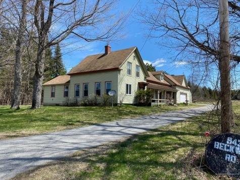 943 Beckwith Road Cornville ME 04976