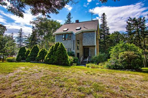 536 Reach Road Brooklin ME 04616