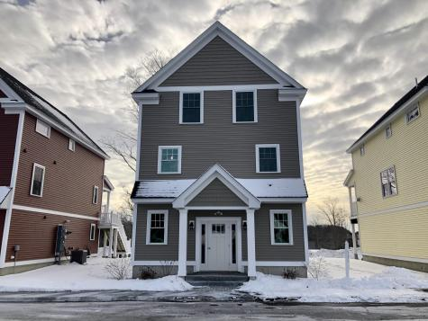 Unit 8 Landmark Hill Square Kittery ME 03904