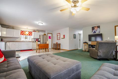 19 Abby Lane Whitefield ME 04353