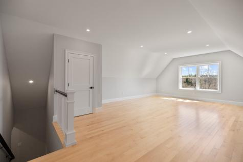 10 Emerson Terrace Falmouth ME 04105