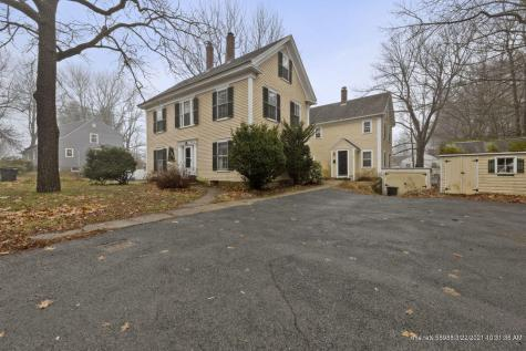 28-26 Woodlawn Avenue Kittery ME 03904