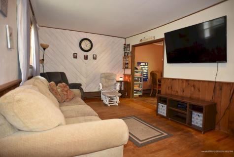 28 Mt Pleasant Avenue Skowhegan ME 04976
