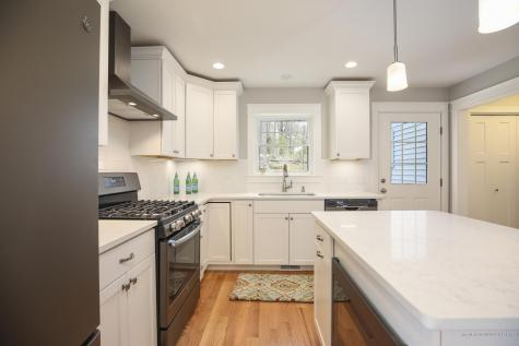 15 Webhannet Place Kennebunk ME 04043