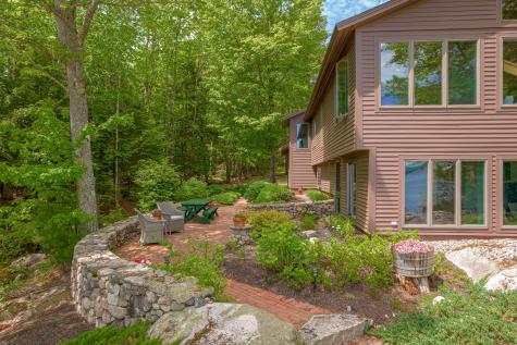 65 Forest Road Raymond ME 04071