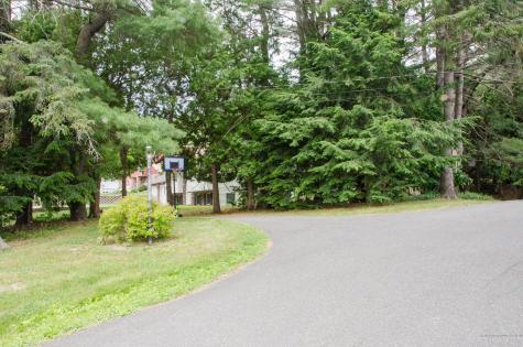 9 Wildwood Road Augusta ME 04330