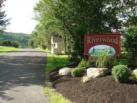 17 Riverwood Drive Rockland ME 04841