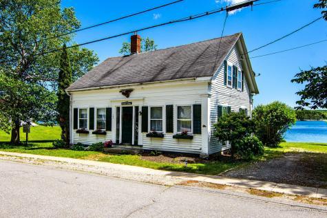 131 Perkins Street Castine ME 04421