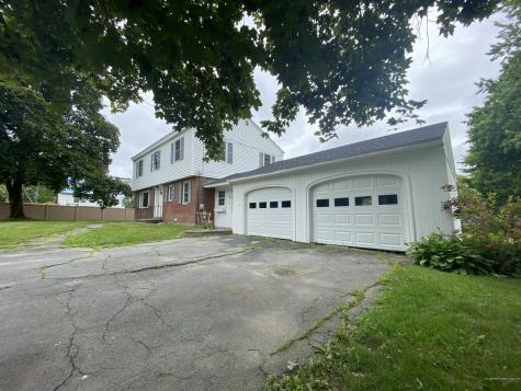 4 Oak Knoll Drive Waterville ME 04901