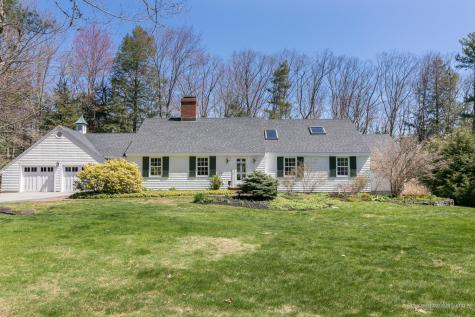 21 Hedgerow Drive Falmouth ME 04105