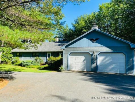 22 Pinewood (off Parker Point Rd) Lane Blue Hill ME 04614