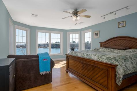 33R Leach Road Kittery ME 03904