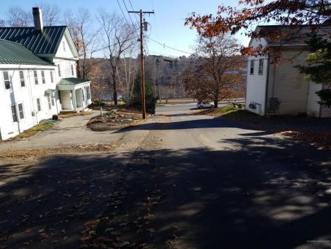 11 Sheldon Street Farmingdale ME 04344