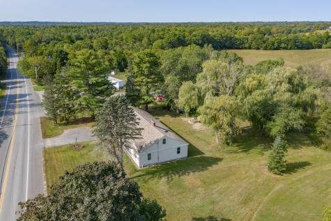 697 River Road Waterville ME 04901