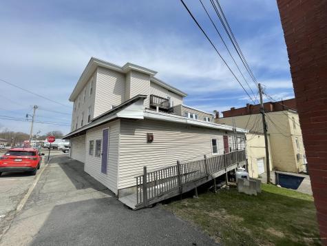 58 Main Street Oakland ME 04963