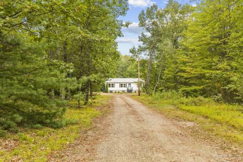 25 Middle Road Kennebunk ME 04043