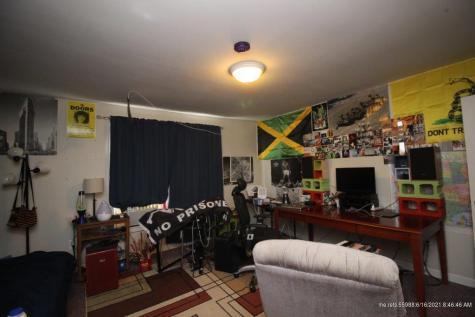 8 Merrimac Street Bangor ME 04401