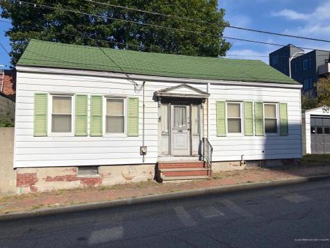 33 Brattle Street Portland ME 04101