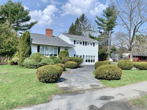 698 Essex Street Bangor ME 04401
