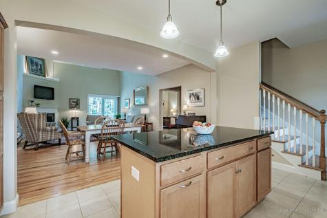 25 Chamberlain Way Kennebunk ME 04043