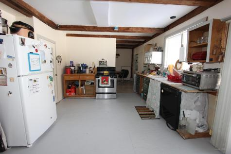 159 Old Lewiston Road Monmouth ME 04265