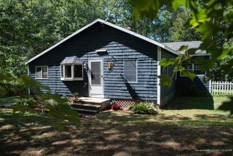 27 Beach Road Windham ME 04062