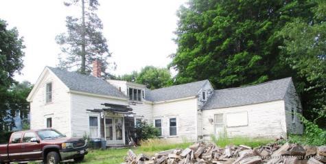 14 Town Hall Lane Winthrop ME 04364