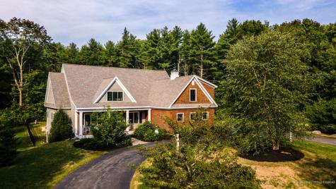 4 Parkside Way Falmouth ME 04105