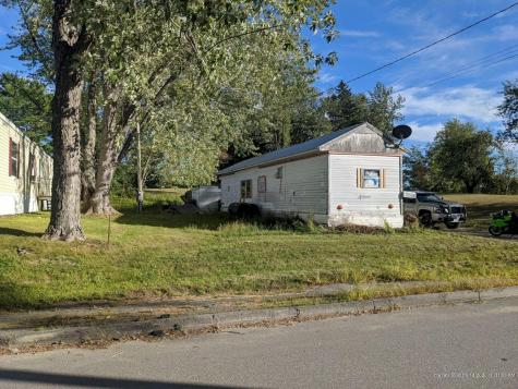 27 Jones Street Skowhegan ME 04976