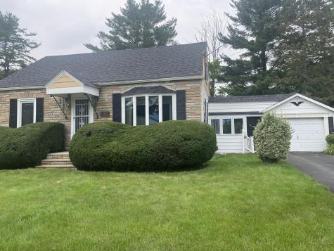 19 Francis Street Waterville ME 04901
