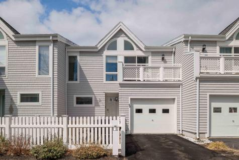 44 Ocean House Way York ME 03909